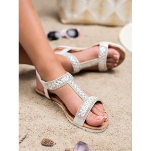 Krásné stříbrné sandály s lesklými kamínky a perličkami