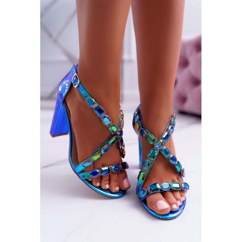 cb9adac75 Stylové dámské sandály na podpatku