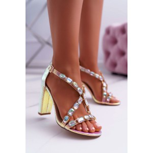 Dámské sandály s ozdobnými kamínky