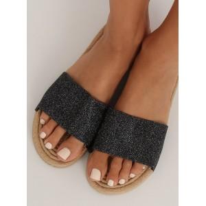 Pohodlné dámské letní pantofle černé barvy