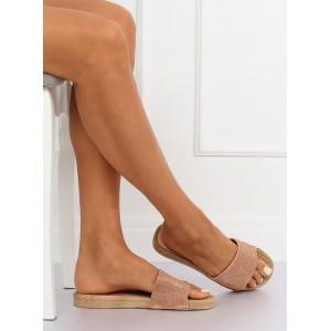 Růžové dámské pantofle zdobené kamínky