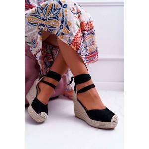 Vysoké dámské černé sandály