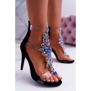 Vysoké dámské sandály zdobené kamínky