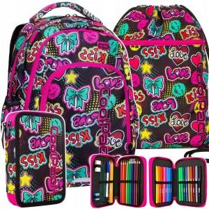 Kvalitní školní batoh pro dívky s motivem emoji a kiss