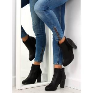 Kožené dámské kotníkové boty