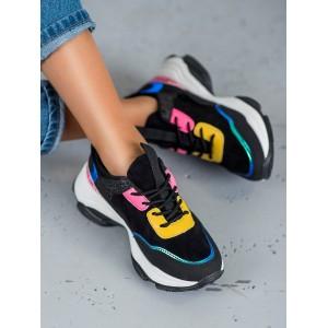 Černé dámské tenisky s barevnými aplikacemi