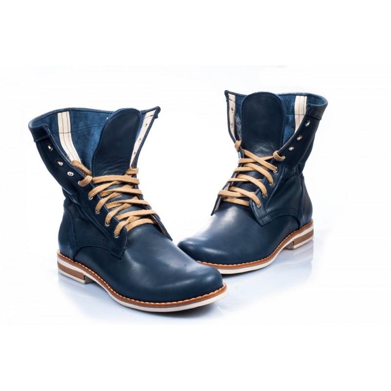 cc2532f48b224 Pohodlné dámské kožené boty modré barvy - manozo.cz