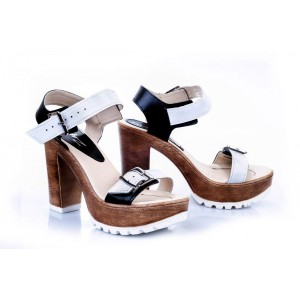 Dámské pohodlné kožené sandály bílo-černé barvy