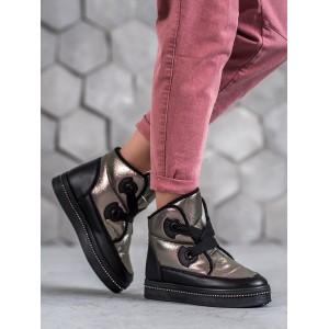 Trendové stříbrné boty na zimu pro dámy