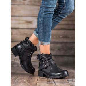 Černé dámské kotníkové boty na zimu s přezkami