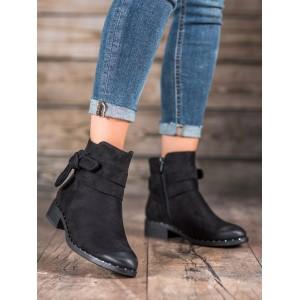 Semišová kotníková obuv na zimu s elegantní mašlí