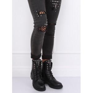 Černé dámské kotníkové boty na podzim s vybíjením