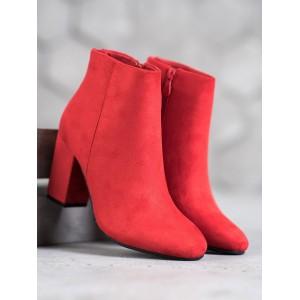 Stylové dámské červené semišové kozačky s módním zadním zipem
