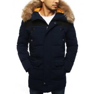 Dlouhá pánská zimní bunda tmavě modré barvy s kožešinou