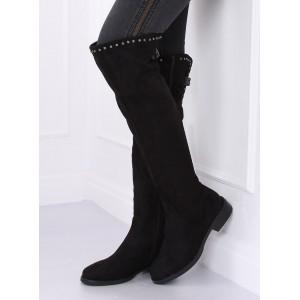 Černé dámské kozačky nad kolena s ozdobným vybíjením