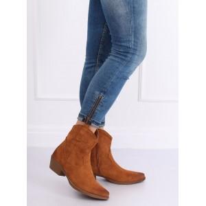 Trendové hnědé kotníkové boty s ozdobným prošíváním