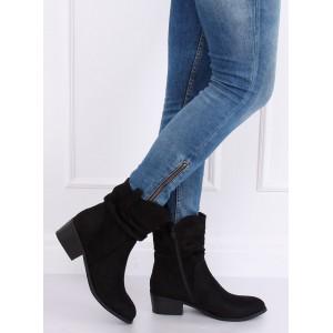 Semišové dámské kotníkové boty na podzim