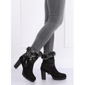 Černé dámské zimní boty na vysokém podpatku s kožešinou