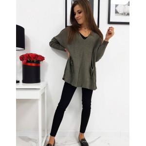 Zelený dámský svetr s véčkovým výstřihem