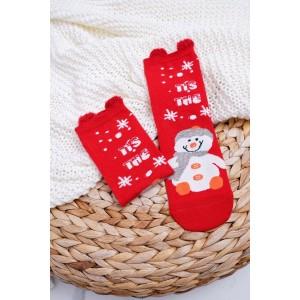 Červené dívčí ponožky s motivem sněhuláka