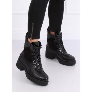 Vysoké dámské zimní boty v černé barvě