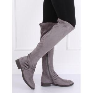 Moderní dámské kozačky v šedé barvě na nízkém podpatku