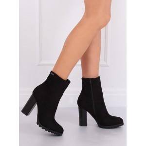 Semišové dámské boty na zimu v černé barvě