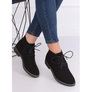 Černé dámské zimní boty na vázání