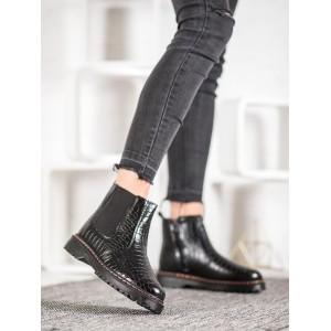 Dámská zimní obuv v černé barvě