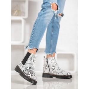 Kotníkové dámské boty s motivem hadí kůže