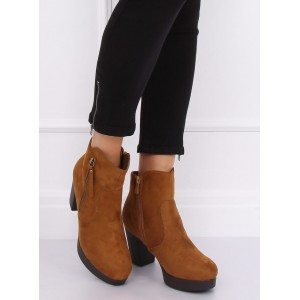 Dámské kotníkové boty hnědé barvy na platformě