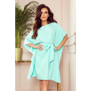 Krásné dámské mentolové šaty ve tvaru motýla