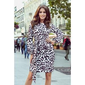 Moderní dámské šaty s leopardím vzorem a top vázáním