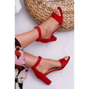 Semišové dámské sandály v červené barvě na léto