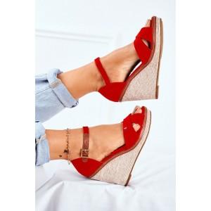 Semišové dámské boty v červené barvě na podpatku