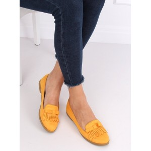 Krásné jarní dámské semišové mokasíny ve žluté barvě