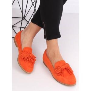 Krásné jarní oranžové mokasíny s trendy třásněmi