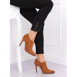 Elegantní dámské hnědé kotníkové boty na podpatku