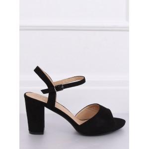 Levné dámské sandály v černé barvě