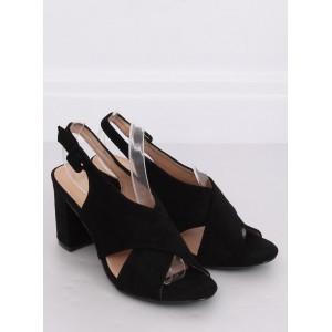 Semišové dámské sandály na léto v černé barvě