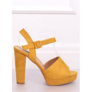 Žluté sandály na platformě pro dámy