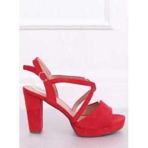 Moderní dámské sandály na platformě v červené barvě