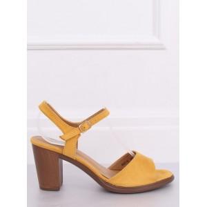Stylové dámské sandály ve žluté barvě na léto