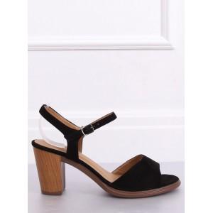 Dámské sandály v černé barvě na léto