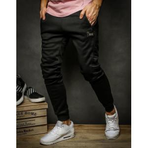 Moderní pánské černé sportovní kalhoty s kapsami na zip