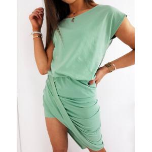 Krásné dámské zelené šaty asymetrického střihu