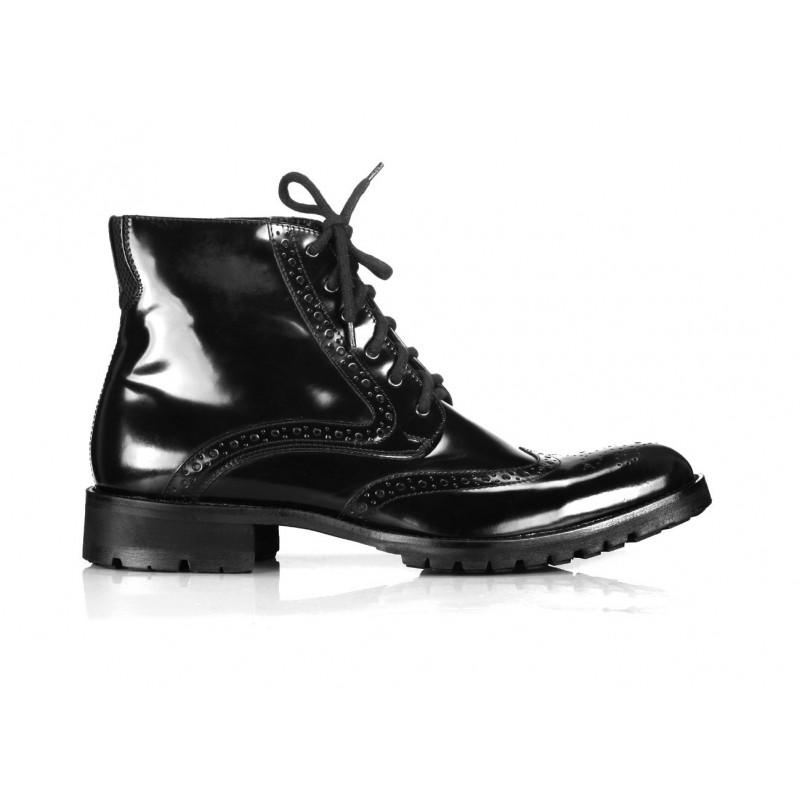 0c20e6911e95 Pánské kožené boty COMODO E SANO černé barvy - manozo.cz