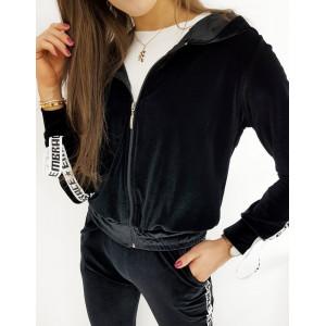 Černá sametová dámská tepláková souprava s kapucí