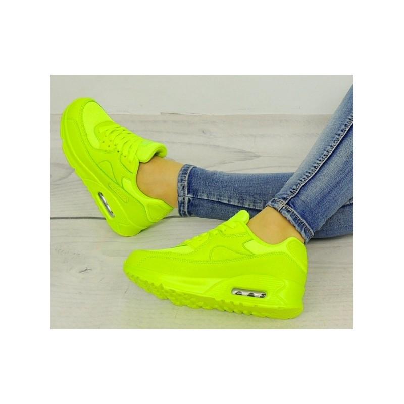 f6aa8b56e5 Dámské neonové boty pro volný čas v zelené barvě - manozo.cz