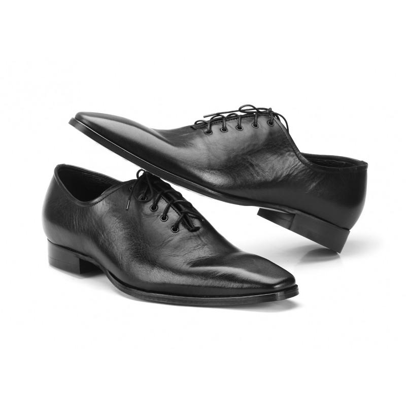 49fda28924c8 Pánské slavnostní boty černé barvy COMODO E SANO · Pánské slavnostní boty  černé ...